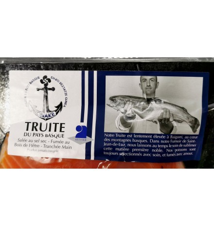 Truite filet entier paré Pays Basque